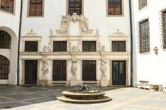 Cour de la Renaissance avec le puits Image libre de droits