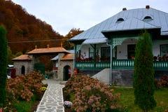 Cour de monastère de Suzana images libres de droits