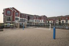 Cour de volleyball complexe d'Aparment Images libres de droits