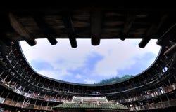 Cour du château de la terre, résidence décrite dans les sud de la Chine Image libre de droits