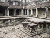 Cour intérieure dans le temple du Cambodge Photos stock