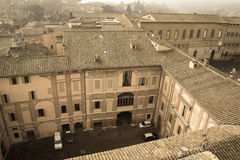 Cour intérieure de Santa Maria della Scala Sienne, Toscane, Italie Vieil effet polaire Photographie stock