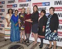courage de base du media des 27èmes femmes internationales annuelles dans des récompenses de journalisme Image libre de droits