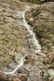 Courant dans le conduit des girvas antiques de volcan photo libre de droits