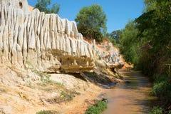 Courant principal et le côté original des fées de The Creek Les environs de Phan Thiet, Vietnam Images libres de droits