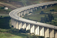 Courbe d'autoroute Photos libres de droits