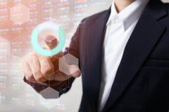 Courbe de rentabilité d'indicateur de marché boursier avec le fond de secousse de main Concept courant abstrait de données Graphi Photographie stock libre de droits