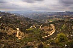 Courbes de route sur la montagne Photographie stock libre de droits