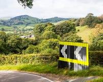 Courbure dangereuse dans la route au Pays de Galles Images libres de droits