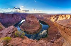 Courbure de chaussure de cheval, le fleuve Colorado en page, Arizona Etats-Unis photographie stock libre de droits