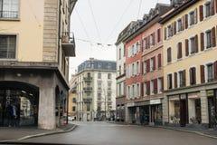Courbure de la rue de ville Photos libres de droits