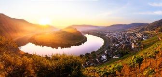 Courbure de rivière de la Moselle image stock