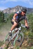 Coureur de vélo de montagne Images libres de droits