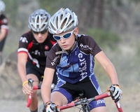 Coureur junior de Cyclocross Photo stock