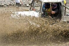 coureurs 4X4 par la boue en Equateur Photo stock