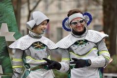 Coureurs sur la course traditionnelle de Noël de Vilnius image libre de droits