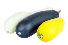 Courgette Zucchini изолированный на белой предпосылке Стоковые Изображения