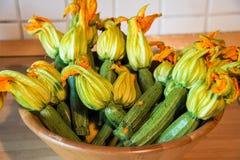 Courgettes z ich kwiatem Zdjęcie Royalty Free