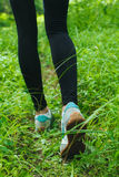 Courir dans la forêt Photographie stock libre de droits