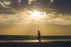 Courir la plage Photo libre de droits