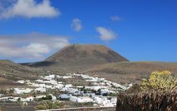"""Couronne éteinte de bâti de """"de volcan». Lanzarote, Îles Canaries. Photographie stock"""