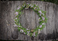 Couronne de fleurs photo stock