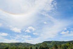 Couronne de Sun sur le ciel bleu Photo stock