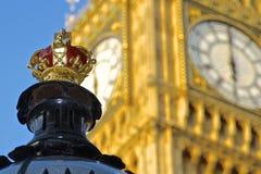 Couronne et Big Ben de réverbère Photo libre de droits