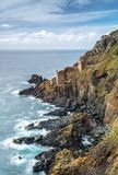 Couronnez les Chambres de moteur sur des falaises, Botallack, les Cornouailles image stock