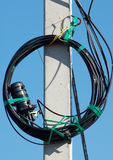 Courrier électrique avec des fils Image stock