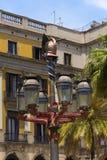 Courrier de lampe d'Antoni Gaudi - Barcelone Espagne Images stock