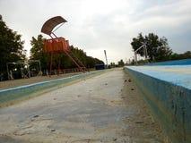 Courrier de maître nageur d'observation Photos stock