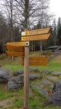 Courrier de signe dans la forêt bavaroise (Allemagne) Photographie stock