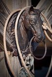 Courrier s'accrochant de tête de cheval de fer travaillé Images libres de droits