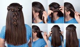 Cours tordu de coiffure pour de longs cheveux Photographie stock libre de droits