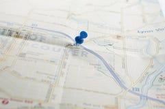 course de agrandissement en verre de carte de destination Photos stock