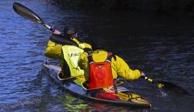Course de canoë sur le canal de Kennett et d'Avon photos libres de droits