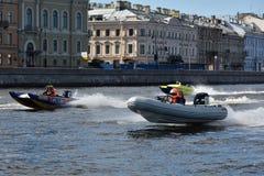 Course de forteresse d'Oreshek de marathon de rivière à St Petersburg, Russie Images libres de droits