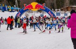 Course 2017 du ` s d'enfants de marathon de ski de Nikolov Perevoz Russialoppet Images libres de droits