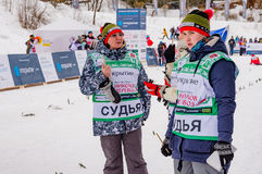 Course 2017 du ` s d'enfants de marathon de ski de Nikolov Perevoz Russialoppet Image stock