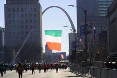 Course St Louis 2019 VIII du jour 5K de St Patrick image libre de droits