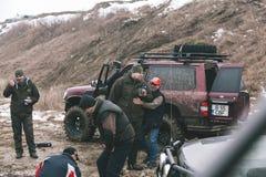 Course tous terrains - une patrouille dans l'action Photos stock