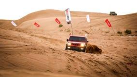 Courses d'automobiles dans le ¼ Œchina de desertï Photos stock