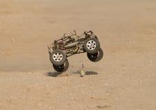 Courses d'automobiles de gaz de RC Images stock