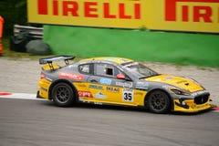 Courses d'automobiles de Maserati Trofeo MC GT4 à Monza Images libres de droits