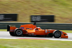 Courses d'automobiles de Netherland d'équipe sur les pistes Images stock