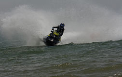 Courses extrêmes de jet-ski Photo stock