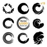 Courses grunges de brosse de cercle réglées Collection artistique fabriquée à la main, calibre pour le logo, affaires, conception Images libres de droits