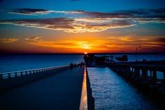 Courtney Campbell Bridge Sunset lizenzfreie stockfotografie