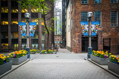 Courtyard and buildings in the Financial District of downtown To Royalty Free Stock Photo